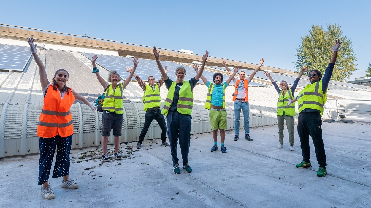 Repowering London staff & volunteers on a solar roof